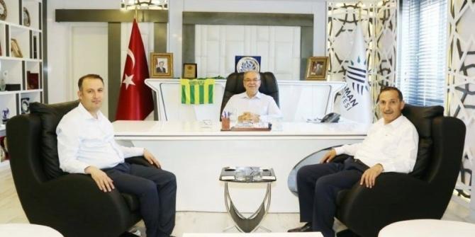 AK Parti il yönetimi Başkan Kutlu ile bir araya geldi