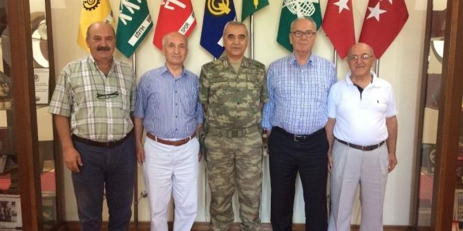 Gazi torunları, Tuğgeneral Ömer Faruk Bozdemir'i ziyaret etti