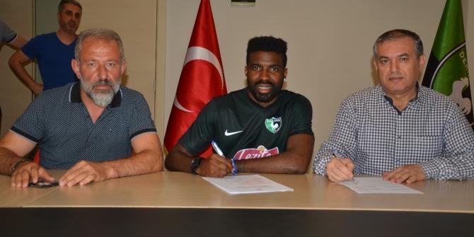 Mbamba, Denizlispor ile sözleşme imzaladı