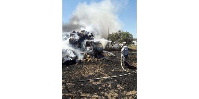 Elektrik tellerine temas eden saman yüklü kamyon yandı