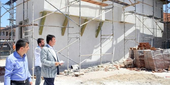 Tarihi Bursa evleri Osmangazi'de hayat buluyor