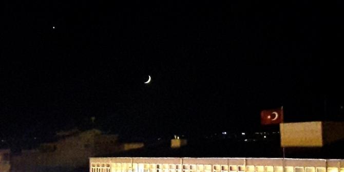 15 Temmuz'da ay ve yıldız selam durdu