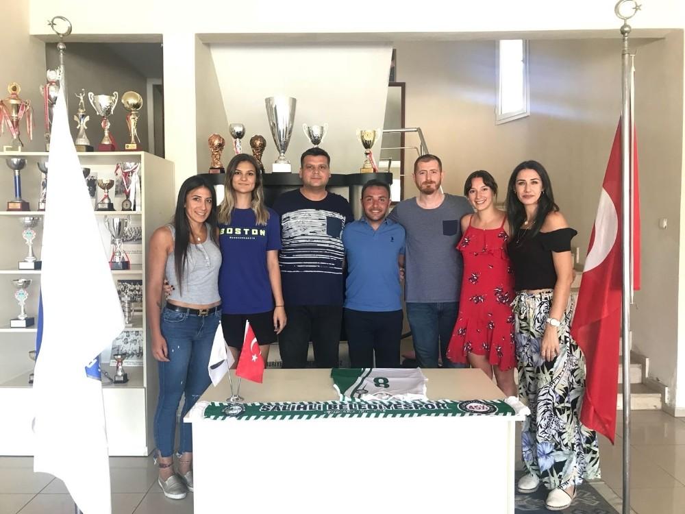 Salihli Belediyespor'da transfer hareketliliği