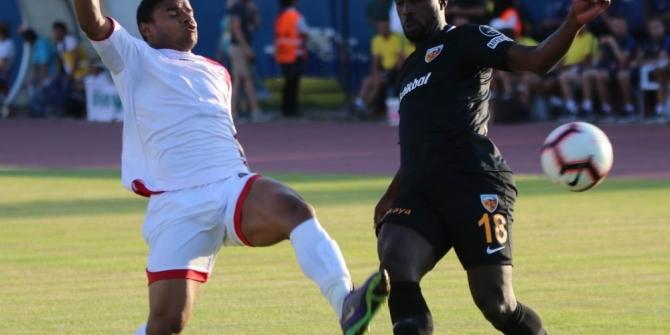 Kayserispor, Asamoah ve Varela'yı yeni transfer olarak görüyor