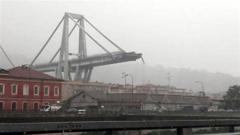 İtalya'da A-10 otoyolunda köprü çöktü! Onlarca kişi hayatını kaybetti