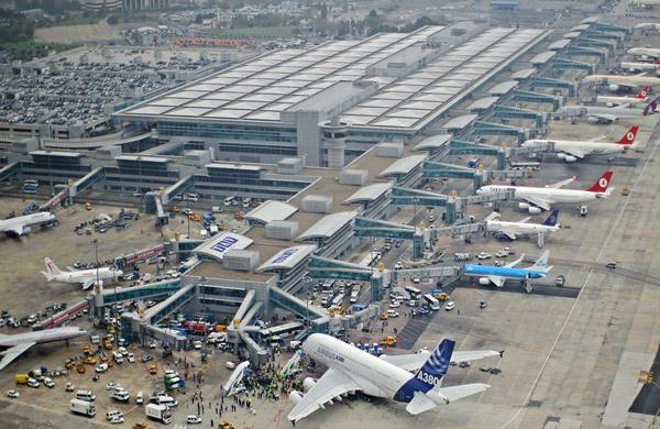 Amsterdam Schiphol Havalimanı'nda Alarm! Tüm uçuşlar durduruldu