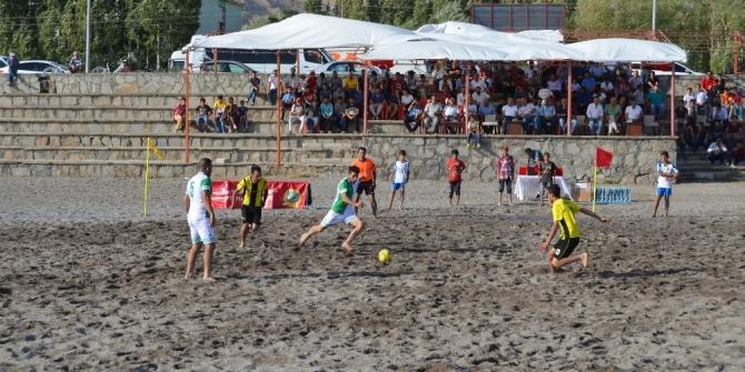 Adilcevaz'da 'Plaj Futbolu' turnuvası düzenlenecek