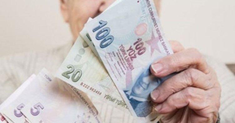 Emeklilere bayram müjdesi! Emekli aylıklarının ödeneceği tarih öne çekildi