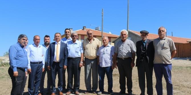 Üreticileri ziyaret eden İl Gıda, Tarım ve Hayvancılık Müdürü Orhan Sarı;
