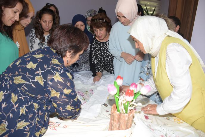 Tuzla Belediyesi'nden üreten kadınlara destek projesi