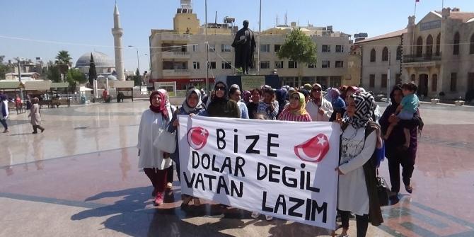 Kilisli kadınlardan, 'Bize dolar değil, vatan lazım' kampanyası