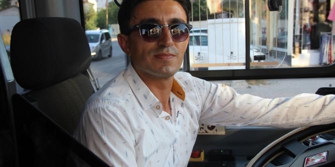 Otobüste kalp pili durdu, şoför hastaneye yetiştirdi