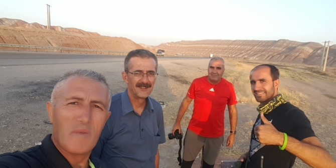 Dağcılardan Demavent Dağı'na zirve tırmanışı