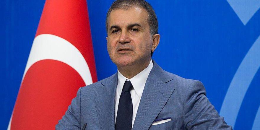 AK Parti sözcüsü Ömer Çelik açıklamalarda bulunuyor