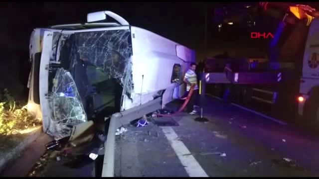 Kocaeli'de Teknofest'e giden otobüs devrildi: Ölü ve yaralılar var