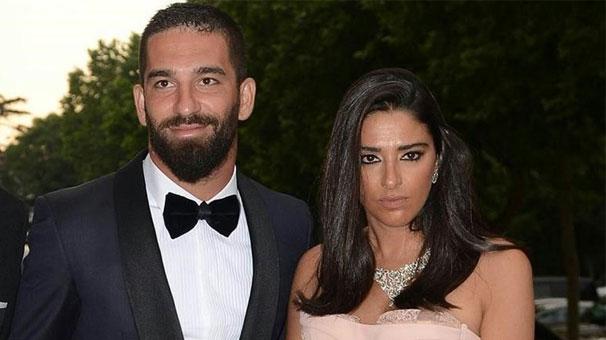 """Berkay'ın burnunu kıran Arda Turan'ın eşi Aslıhan Doğan """"Güçlü bir kadınım"""""""