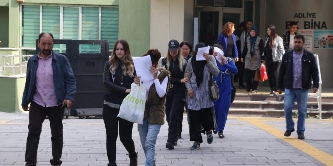 50 bin TL değerinde ziynet eşyası çalan 3 kadın tutuklandı