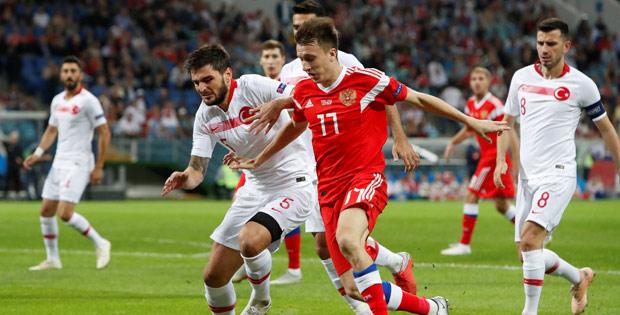 A Milliler Rusya'ya 2-0 yenildi