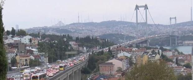 15 Temmuz Köprüsü'nde intihar girişimi!