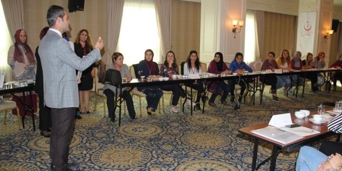 Van'da 'Anne Sütü Emzirme Danışmanlığı ve Ulusal Değerlendirme' eğitimi