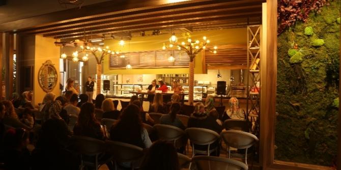 Sapanca'da 'Anneler Soruyor' etkinliği düzenlendi