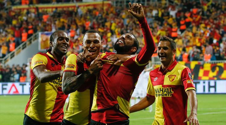 Beşiktaş deplasmanda Göztepespor'a 2-0 yenildi