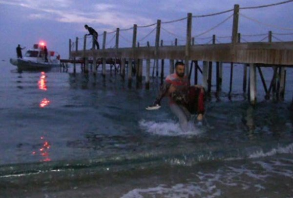 Bodrum'da göçmen teknesi battı: Ölü ve yaralılar var