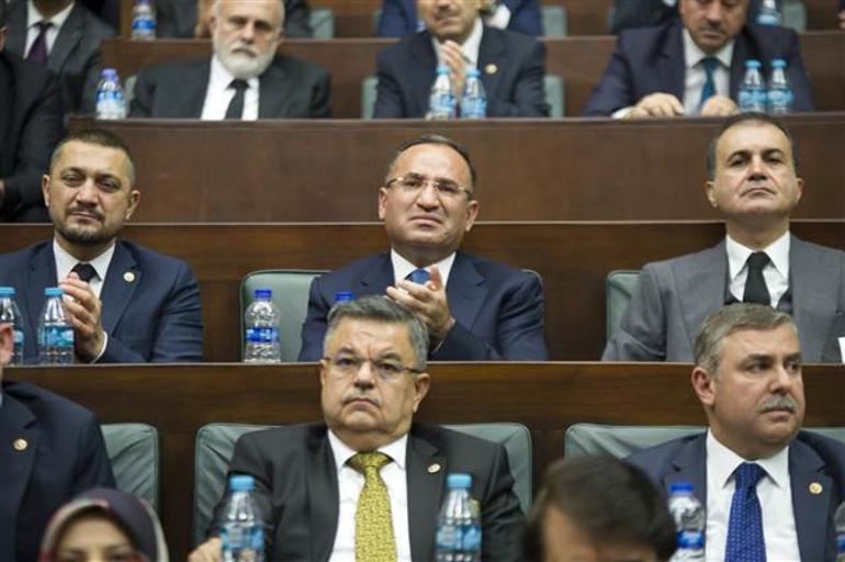 Erdoğan'ın 'Yol arkadaşımı feda etmem' dediği o an Bekir Bozdağ gözyaşlarını tutamadı