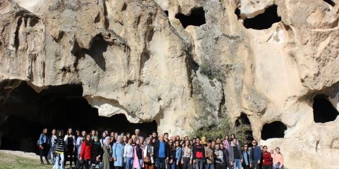 Geleceğin sınıf öğretmen adaylarına kültür gezisi