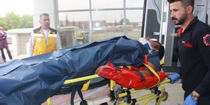 Çelikhan'da TIR ile otomobil çarpıştı: 4 yaralı