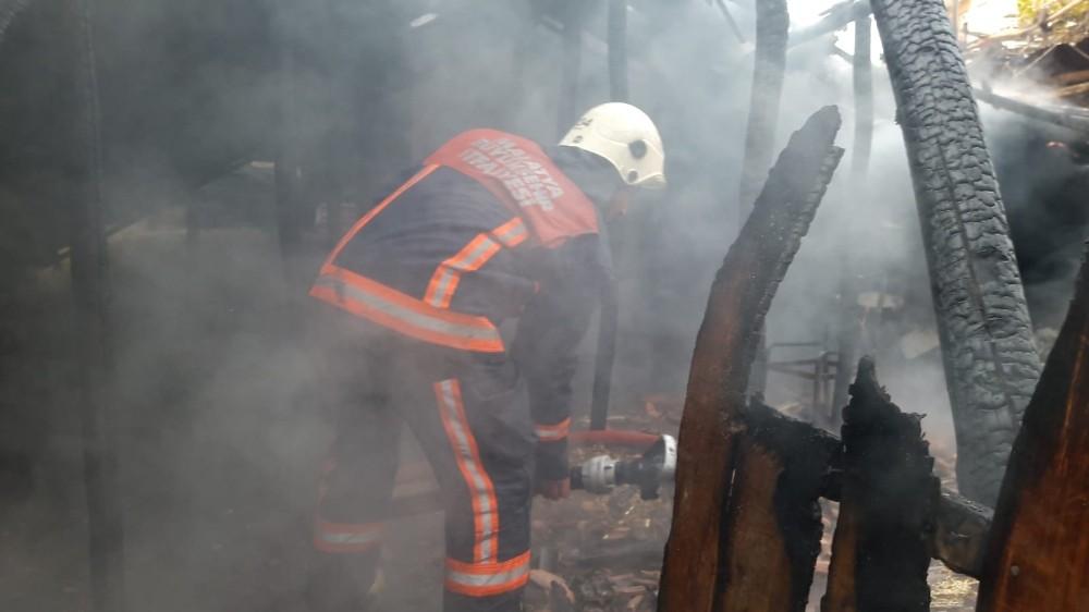 Battalgazi ilçesine bağlı Şehit Fevzi Mahallesinde yangın