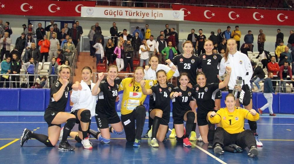 Kastamonu Belediyespor: 26 - Muratpaşa Belediyespor: 20