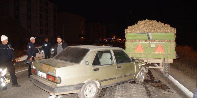 Traktörü durdurup kavga ettiler, kazaya neden oldular