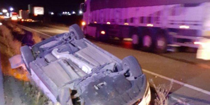 Otomobil devrildi: 4 yaralı