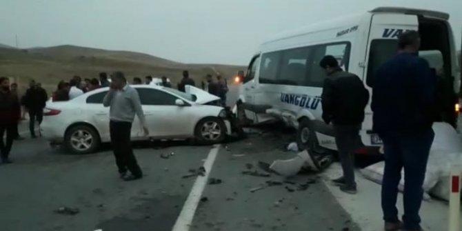 Van'da 1 kişinin öldüğü kazada yaralananlardan 15'i taburcu edildi