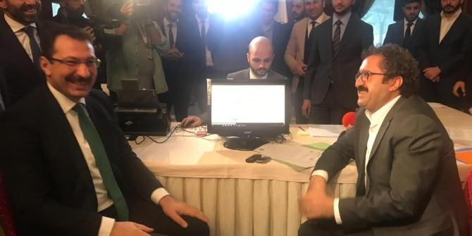 Yerel seçimlerin ilk resmi başvurusu Van'dan
