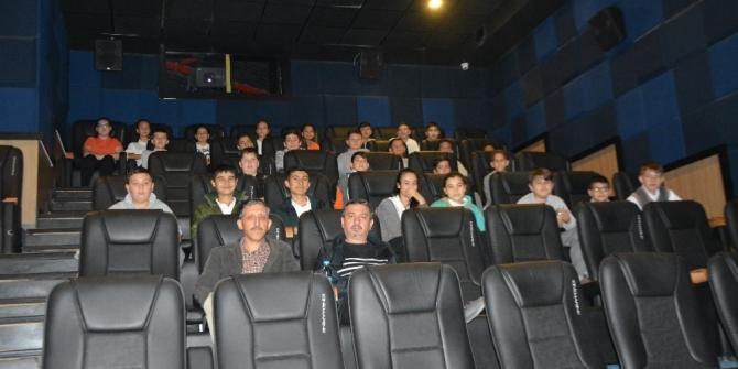 Söke'de sinemaya gitmeyen çocuk kalmayacak