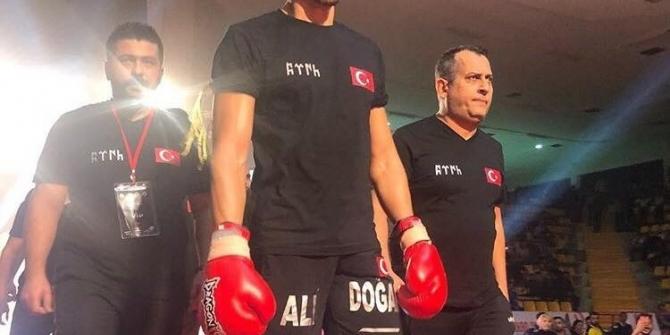 Kayserili Ali Doğan, Dünya Şampiyonu Unvanını korudu