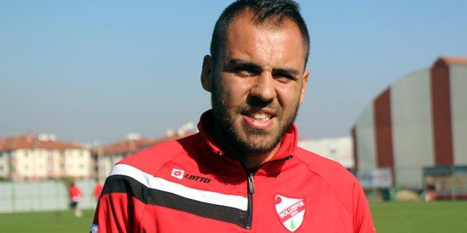 """Bolusporlu Özgürcan: """"Sahada futbol oynamıyoruz, resmen kavga ediyoruz"""""""