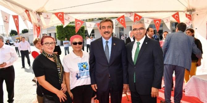 Kızılay Haftası'nda Çukurova'da kök hücre bağışı