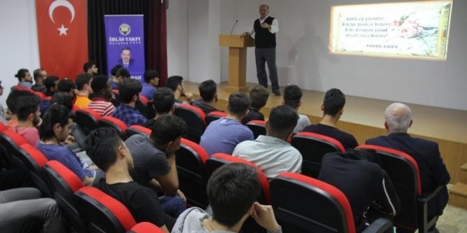 """Kastamonu'da İhlas Vakfından """"Bir Aşk Hikayesi"""" konferansı"""