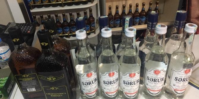 Van'da kaçak alkollü içecek ve sigara ele geçirildi