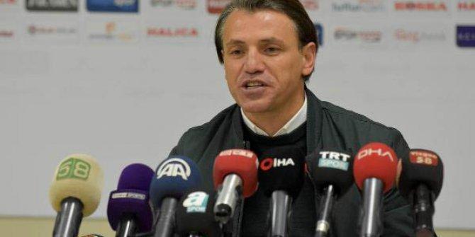 Demir Grup Sivasspor Teknik Direktörü Tamer Tuna istifa etti