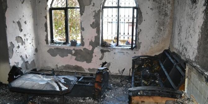 Sobayı yakmak isterken evini yaktı