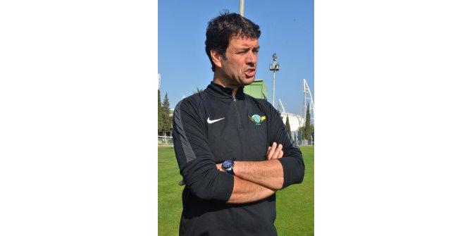 """Cihat Arslan: """"Tarihi bir maç bizi bekliyor"""""""