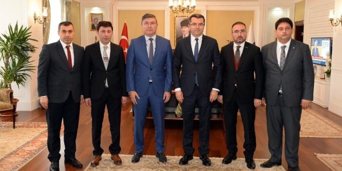 Büyükelçi Abzal Saparbekuly'dan Vali Memiş'e ziyaret