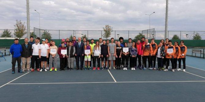İç Anadolu ve Karadeniz Tenis Ligleri başladı