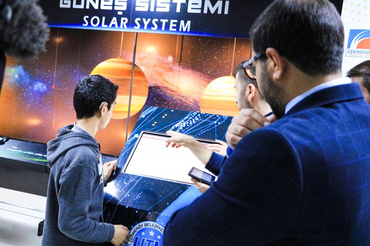 Çekmeköy Belediyesi'nden işitme engelliler için 'Kiosk' projesi