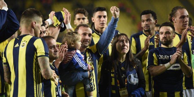 Fenerbahçe galibiyeti Koray Şener'in ailesine hediye etti