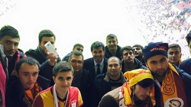 Ağrıdan 20 Futbolcu, Galatasaray – Arsenal Maçını İzledi